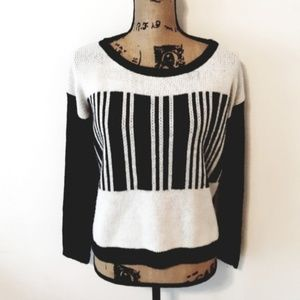 Lumiere Barcode Cozy Acrylic Sweater Size L